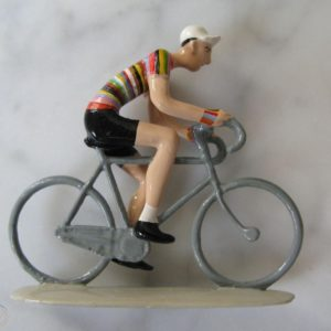 Cycliste – Paul Smith – Figurine de collection en métal sculptée et peinte à la main – Édition numérotée, limitée à 500 exemplaires – Porte le N° 357/500 – Pixi Paris 2007 –
